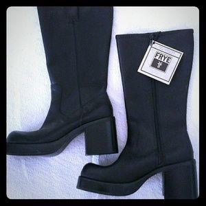 FRYE Dorian Boots